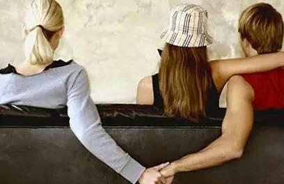 一个女人出轨的自述_一个出轨的女人_一个女人出轨的自述燕