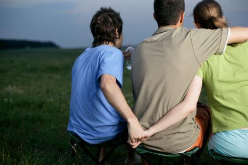 老婆出轨有孩子能原谅吗_女方出轨离婚孩子归谁_孩子出轨