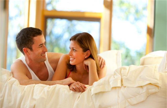 已婚异性接吻是出轨吗_出轨已婚女人_男人已婚不断出轨的心理
